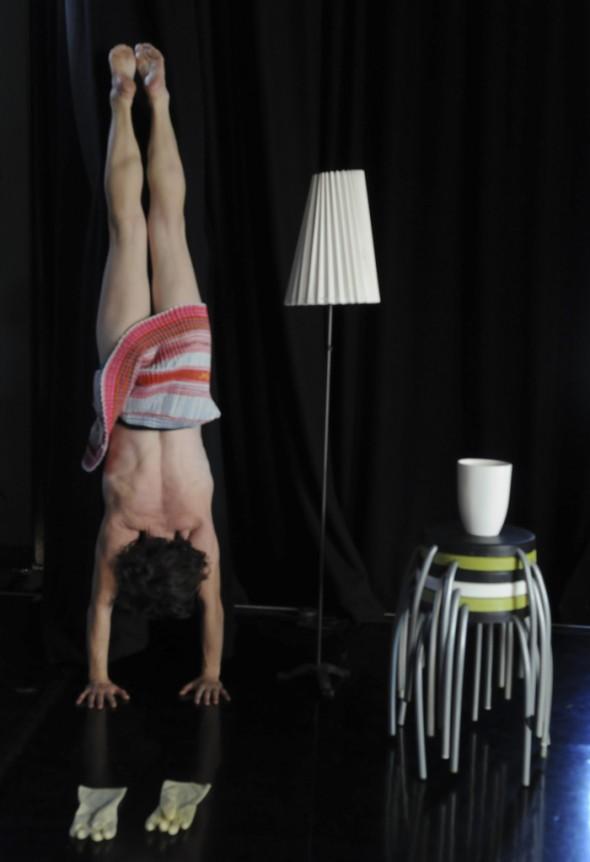 handstand-2-567-1